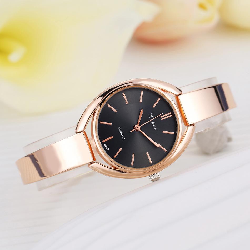 Đồng hồ nữ kiểu dáng Hàn Quốc